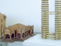 Holzschnitzerei in der City Galerie