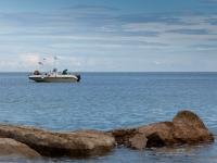 Fischerboot an der Adriaküste IV