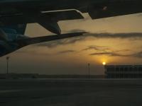 Aufgehende Sonne am Flughafen Muscat